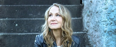 Joan Osborne Sings the Songs of Bob Dylan w/ Brenda Xu